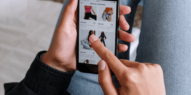 complete guide to omnichannel strategy in retail
