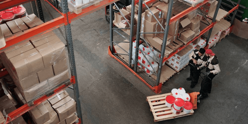 the pros and cons of inventory storage methods