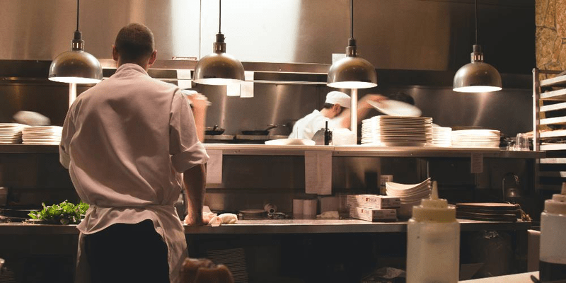 what to know before choosing restaurant inventory management software